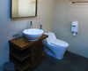 Deluxe Room Bathroom 02